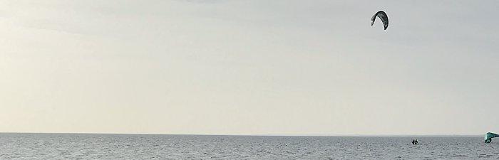 Aus dem Wasser vor Neuharlingersiel wird gekitet
